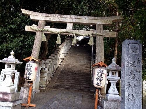 斑鳩神社 鳥居