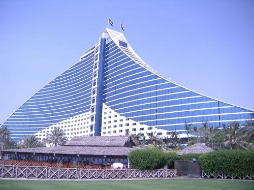 ジュメイラ・ビーチ・ホテル