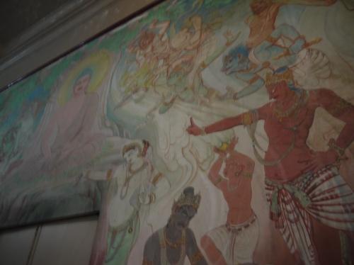 ムールガンダ・クティー寺院の壁画