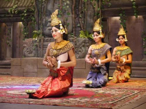 カンボジア踊り2