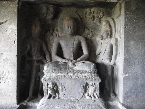 僧院の彫刻もすごい