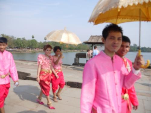 カンボジアの婚礼衣装