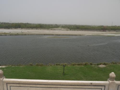 ヤムナー川