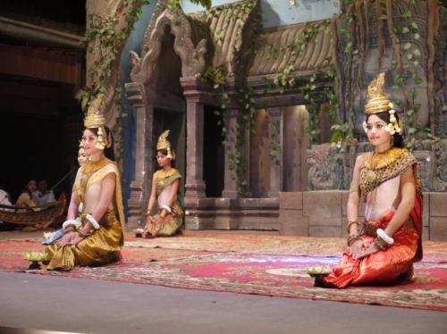 カンボジア踊り。